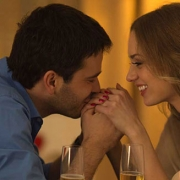 Singles treffen sich im Restaurant